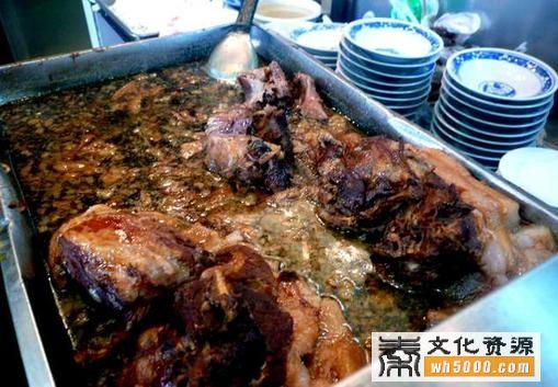 淳化县地方特产:腊汁肉夹馍