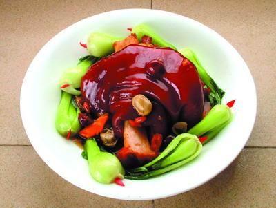 渭南市美食:大荔带把肘子