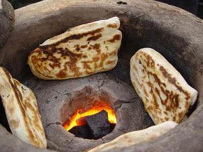 渭南市美食:大荔月牙烧饼