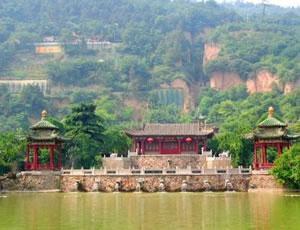 汉滨香溪洞风景区
