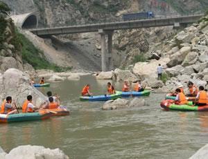 蓝田辋河峡谷漂流