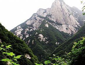 长安区旅游景点:长安莲花洞景区