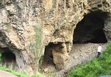 洛南河口猿人洞[图]