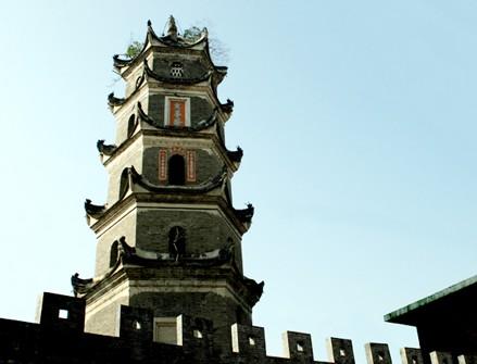 建于明清时代的文峰塔[图]