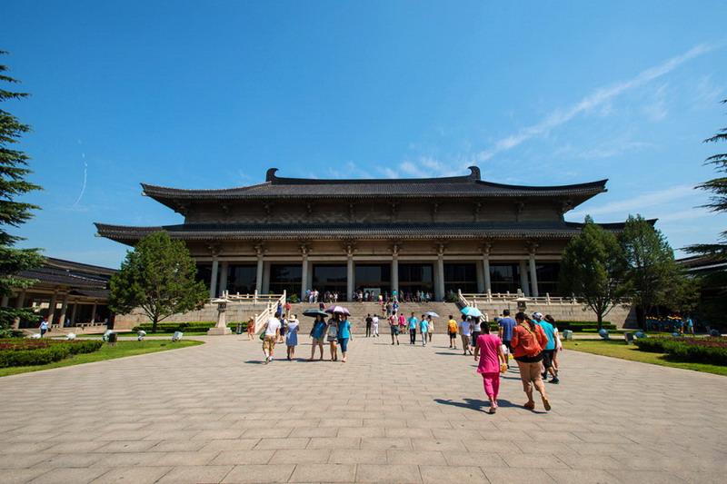 一日穿越千年 陕西历史博物馆里探宝