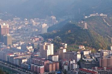 镇安县城全景图