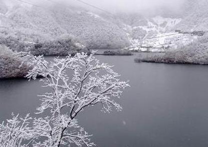 三大峡雪景