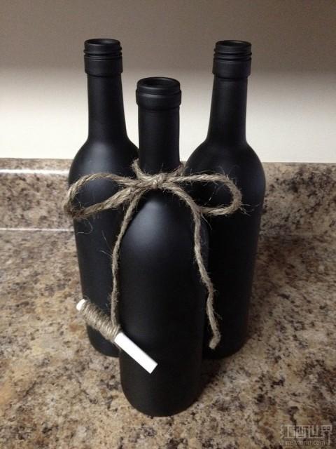 别扔掉葡萄酒瓶!11个创意妙用